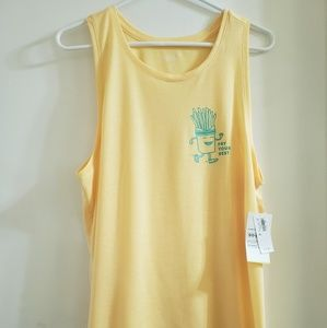 """NWT🔥""""Fry Your Best"""" Old Navy Active Tank"""